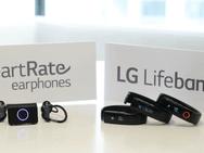LG Lifeband Touch en oordopjes