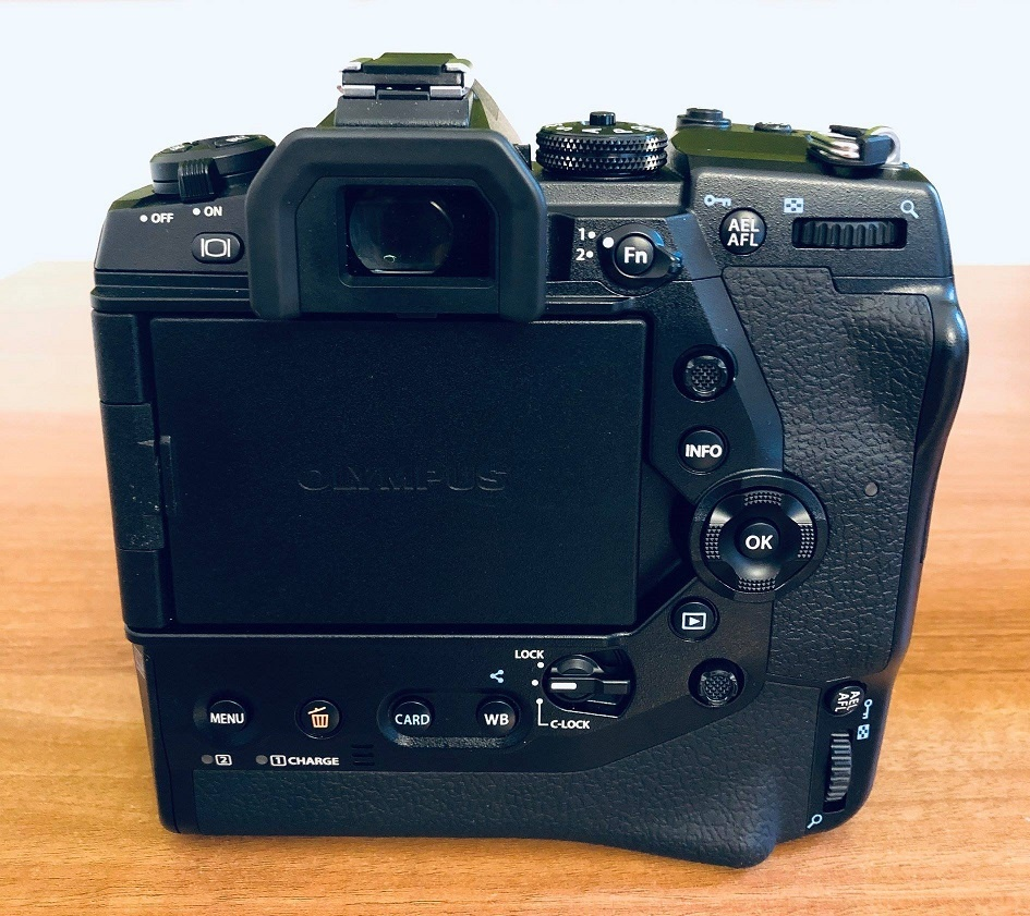 Gerucht: Olympus E-M1X-camera bevat gps, barometer en