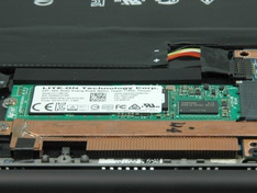laptop binnen SSD detail