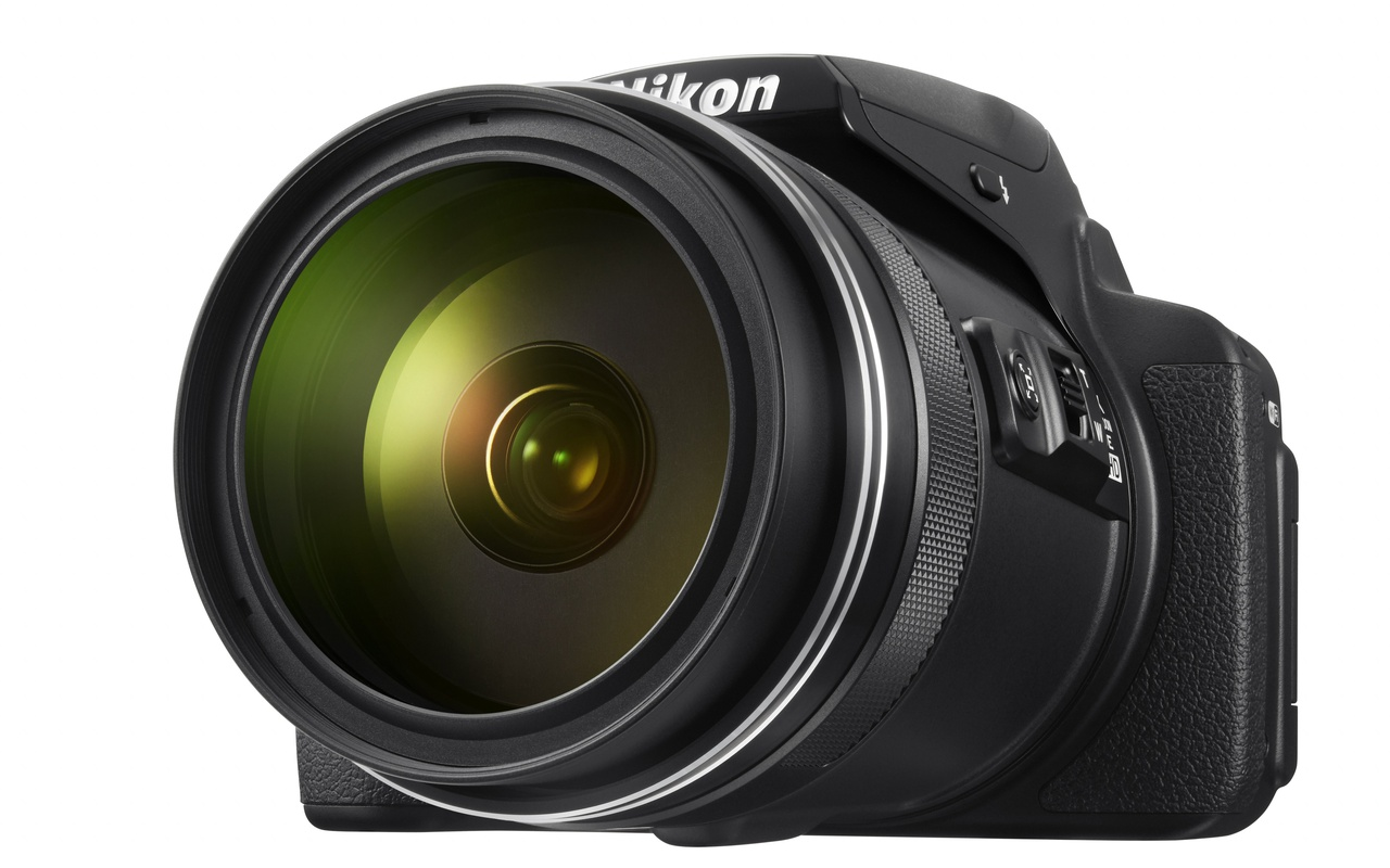 nikon coolpix p900 breekt record met 83x optische zoom beeld en geluid nieuws tweakers. Black Bedroom Furniture Sets. Home Design Ideas