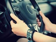 Smartwatch in de auto