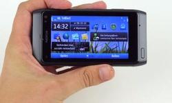 Nokia N8: oude wijn in snelle zakken