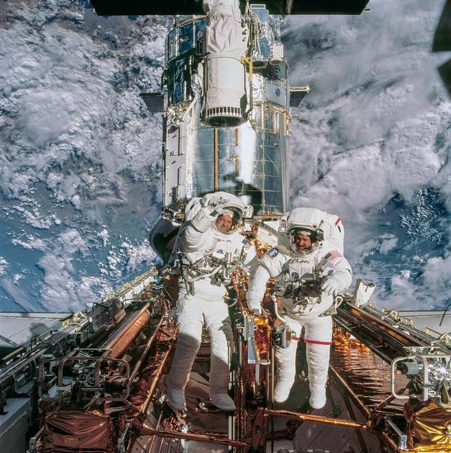 Pesawat ulang-alik Hubble