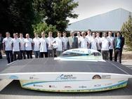 Teams presenteren zich aan de buitenwereld met auto's