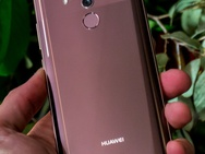Preview Mate 10 Pro - productfoto's
