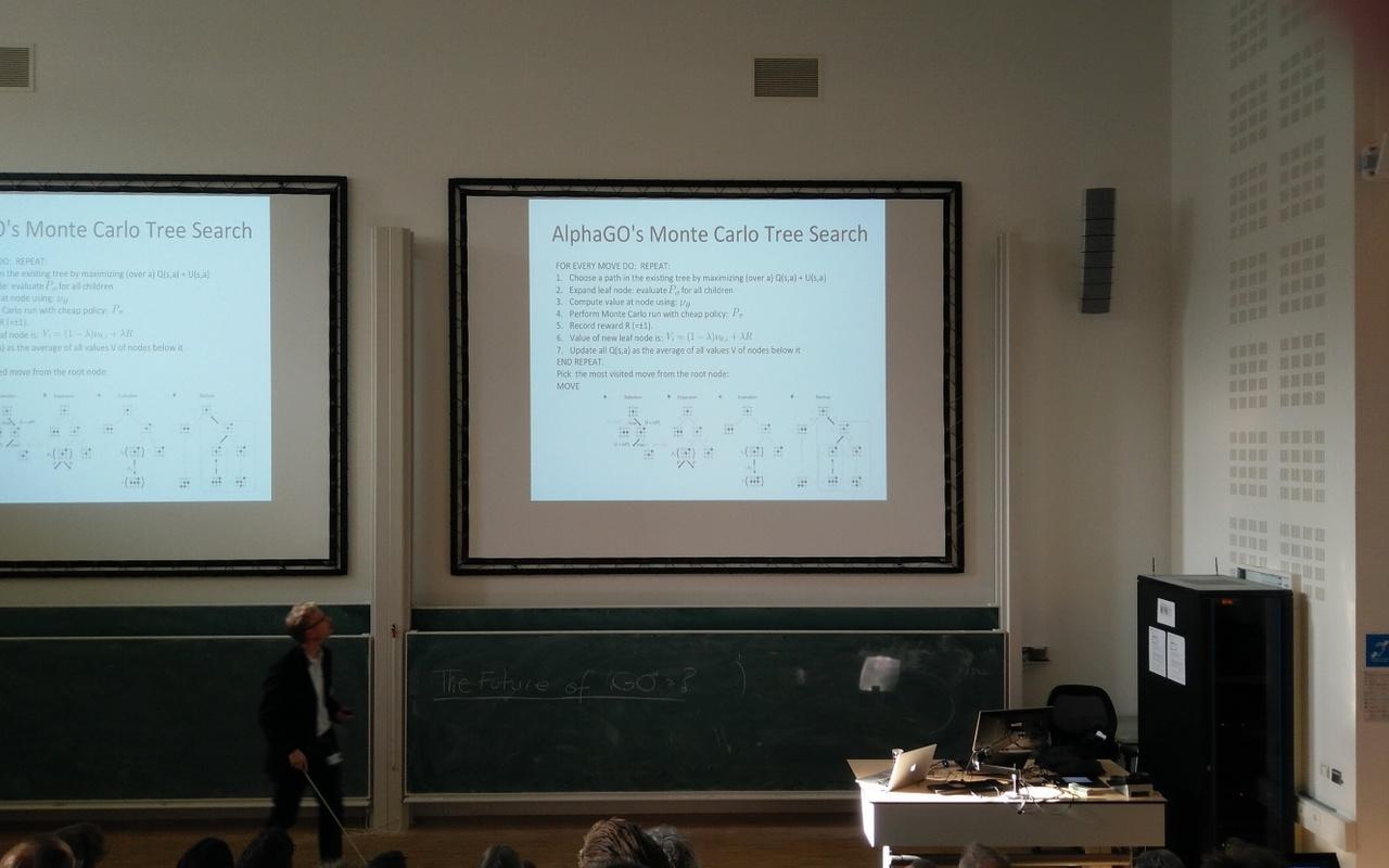 et IT Go! bij de Universiteit van Amsterdam ter ere van AlphaGo tegen Lee Sedol (resized)