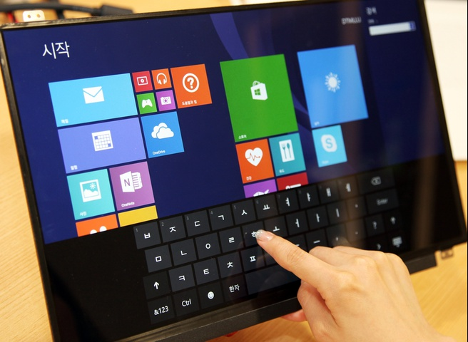 LG Display advanced in-cell touch laptop