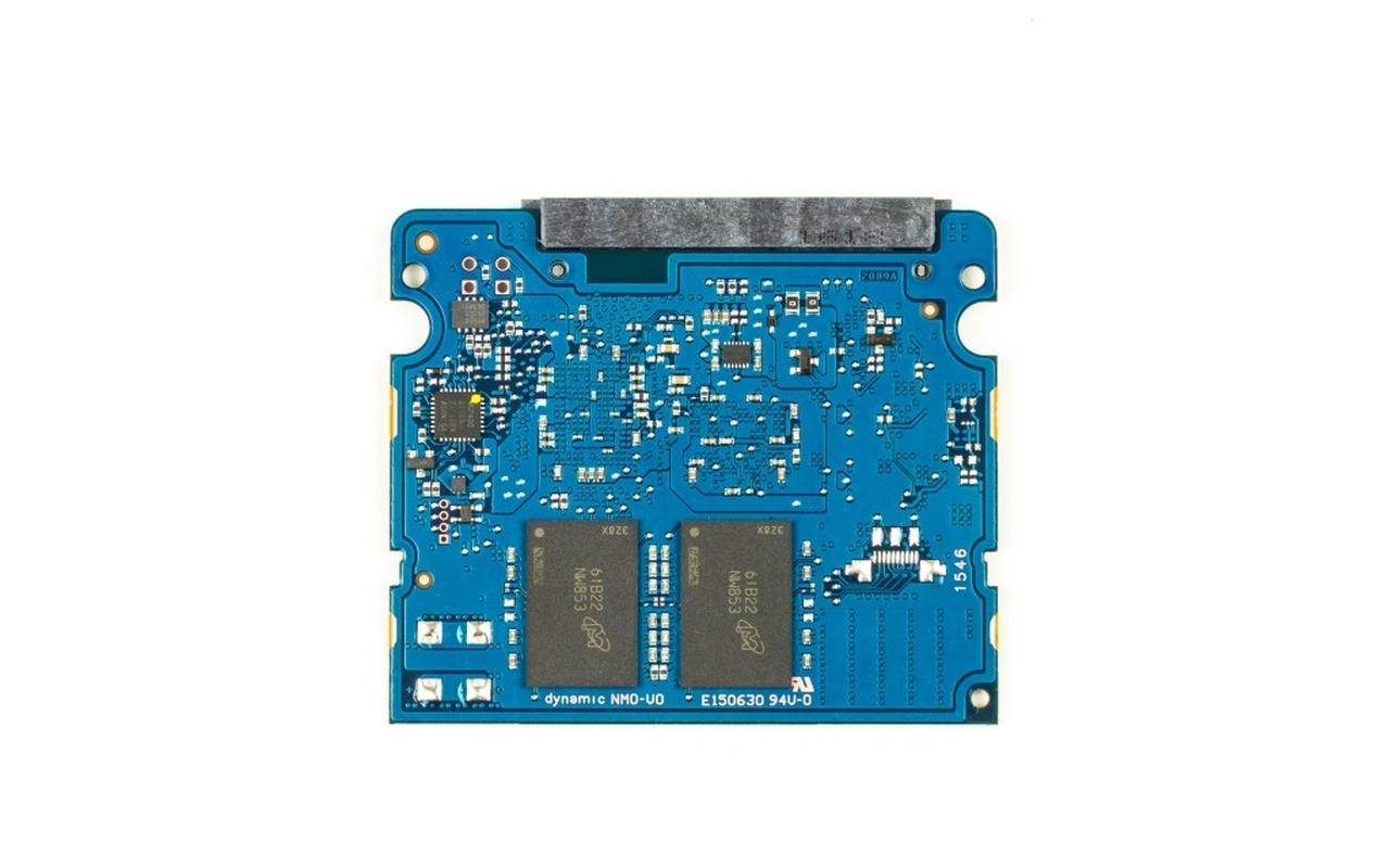 MX300  750GB en 275GB