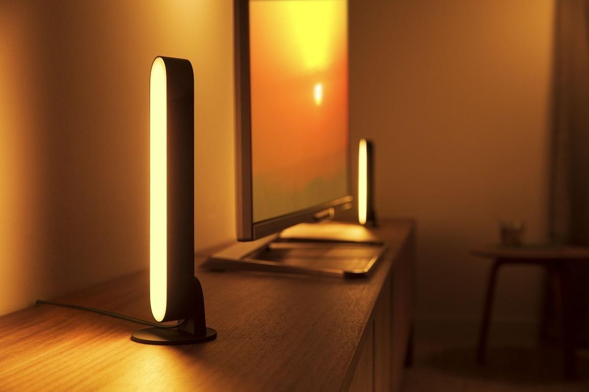 Philips Hue Lampen.Signify Introduceert Gekleurde Play En Signe Lampen In Hue