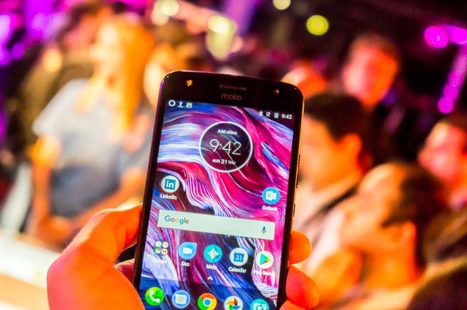 Moto X4 preview