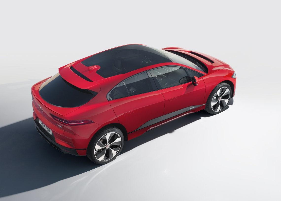Jaguar Brengt Elektrische Auto I Pace Op De Markt Beeld En Geluid