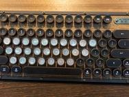 Azio-retro en bedrukte keyboards