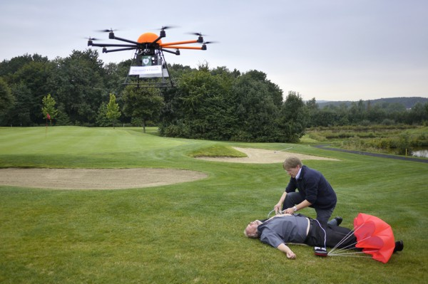 Drone met defibrillator