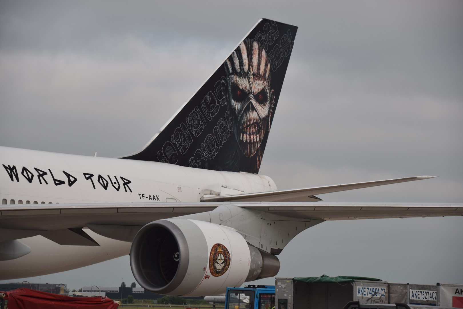 Iron Maiden - Ed Force One - Schiphol, Amsterdam (09)