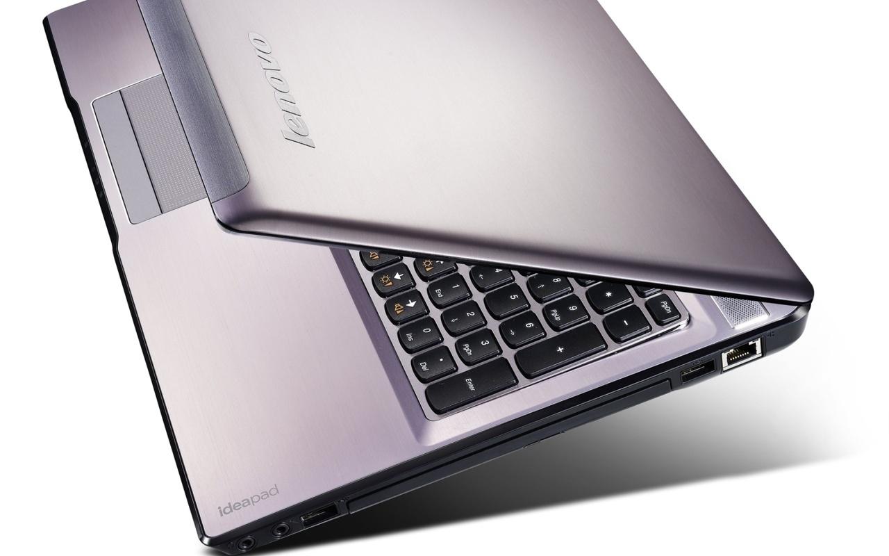 Lenovo Ideapad Z570 (LenovoCES2010)
