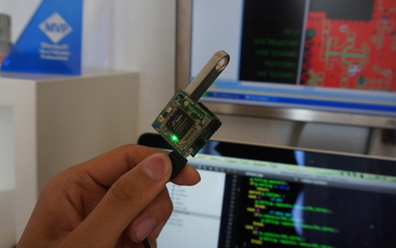 VoCore mini-computer