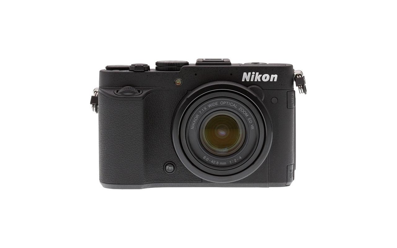 Nikon Coolpix P7700 front