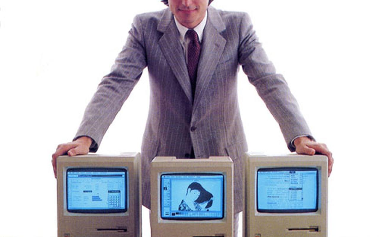 Steve Jobs met Apple Macintosh 128K