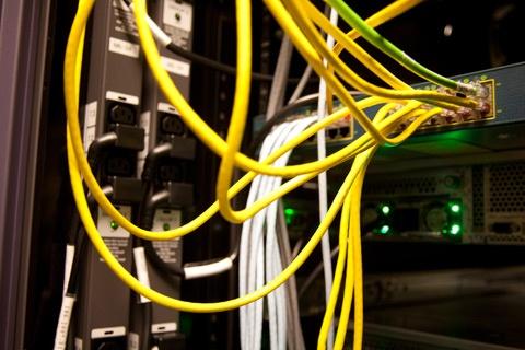 Kast met netwerkverbindingen bij Ziggo