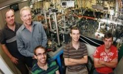 Atoomlaser onderzoekers