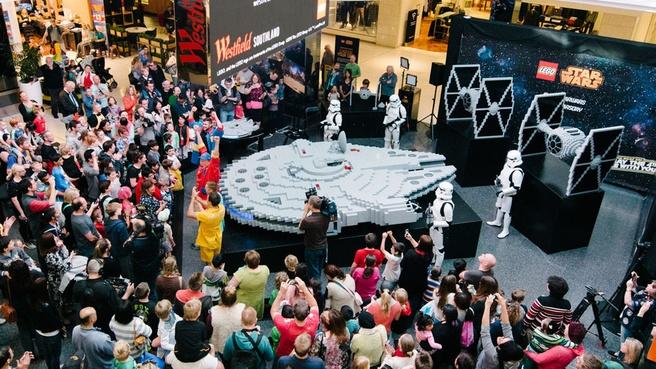 Millenium Falcon Lego