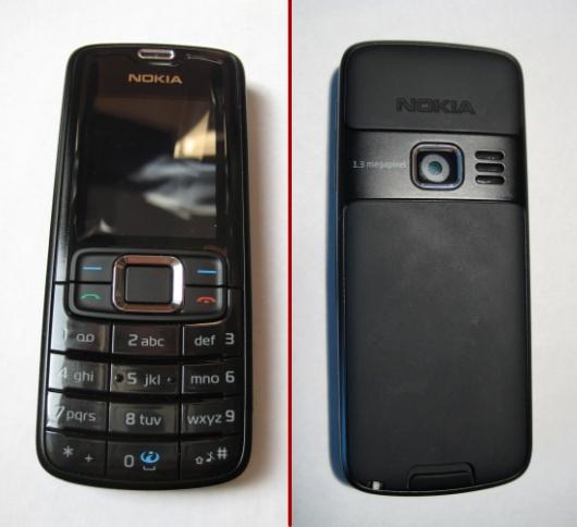 De voor- en achterkant van de Nokia 3110 Classic (zwart)