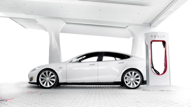Tesla lader