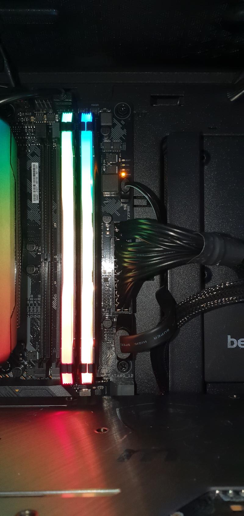 https://tweakers.net/i/ZSghqXzESEbuN8baC5JGUu9nSfE=/800x/filters:strip_icc():strip_exif()/f/image/C1jWNEZViIb6WMR87iQBEH0f.jpg?f=fotoalbum_large