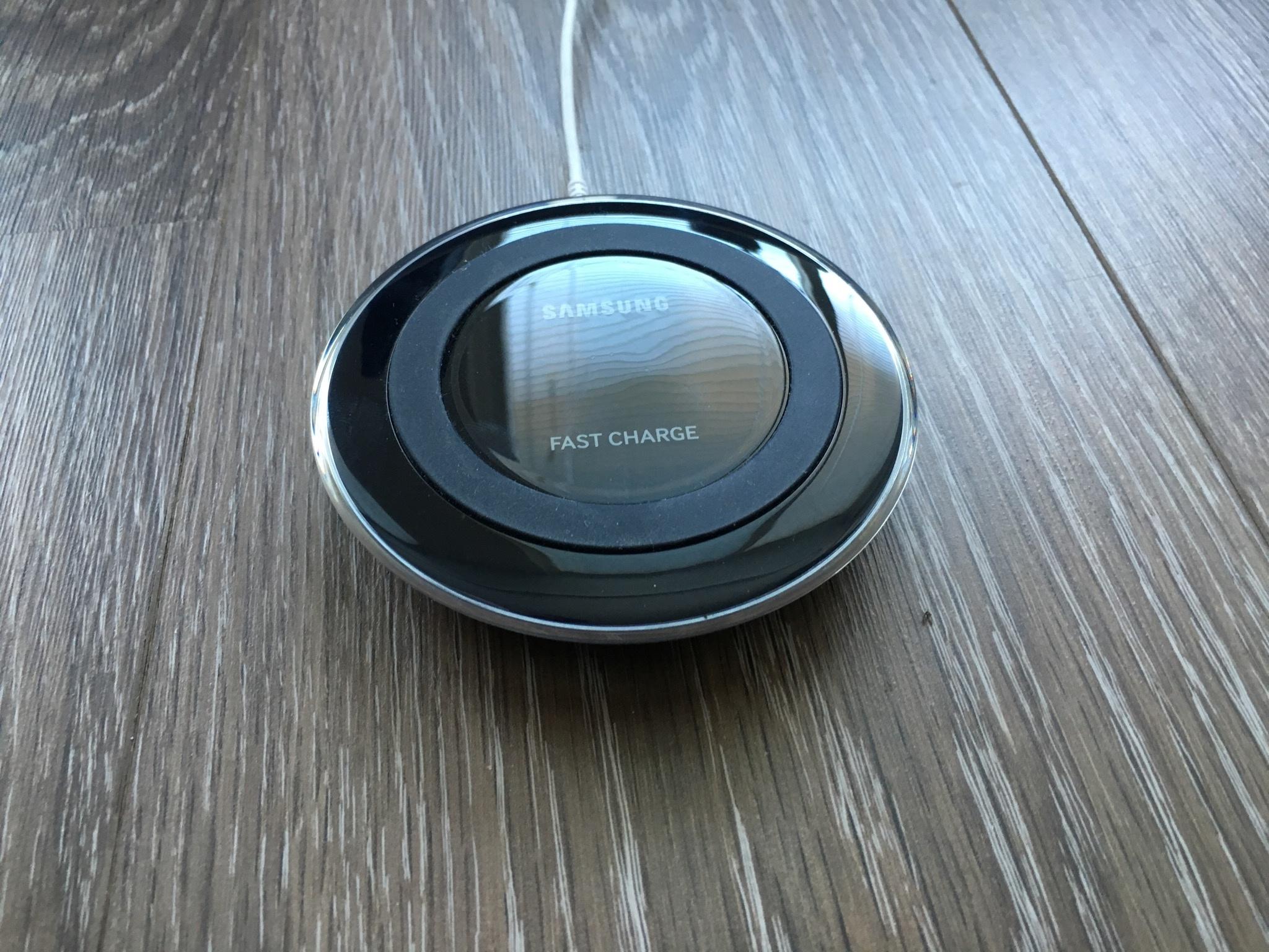 Samsung charge Pad aan lader