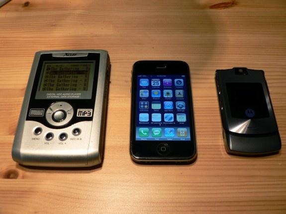 Xclef vs Iphone vs V3i