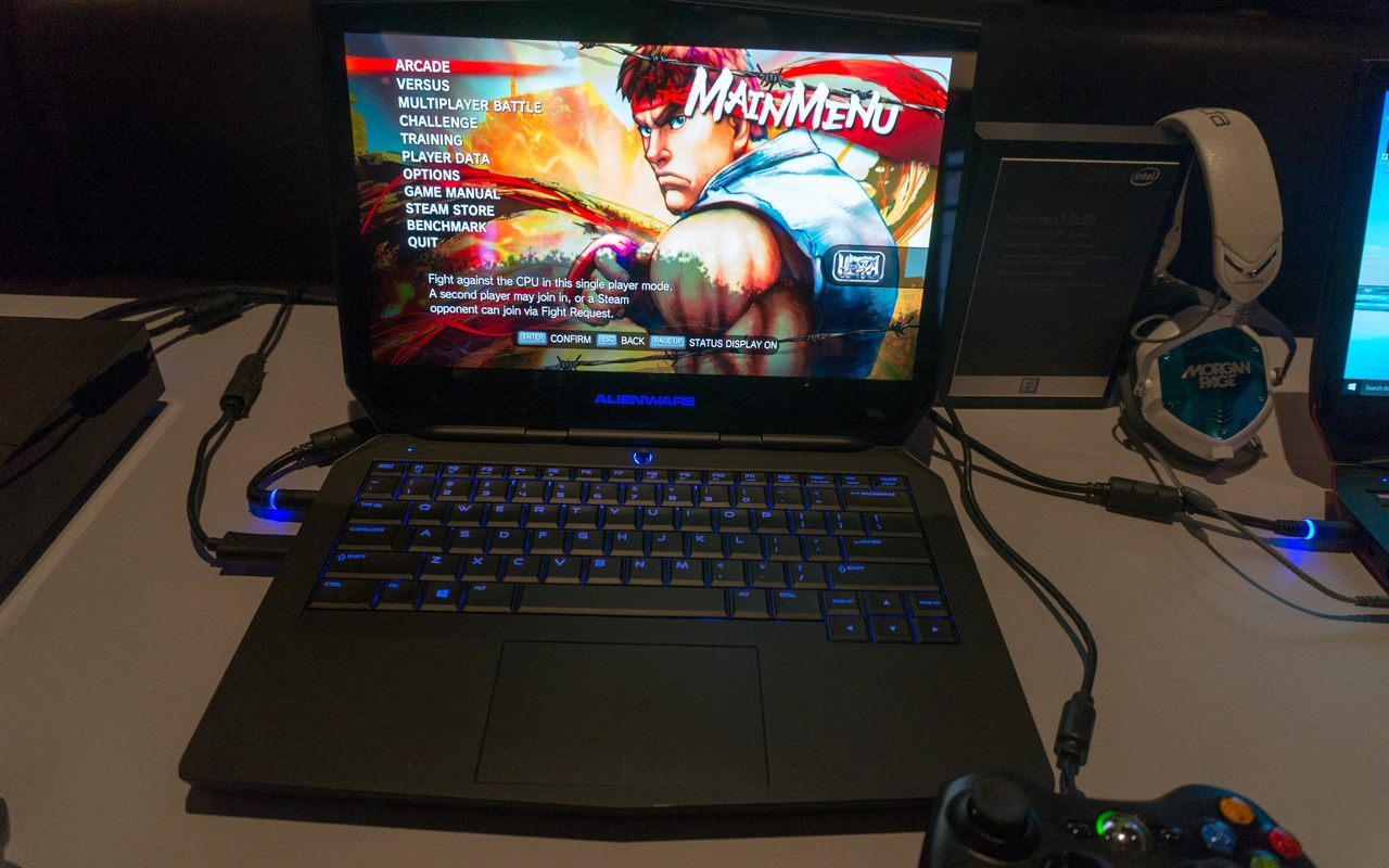 Dell Alienware 13 Oled CES 2016