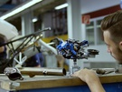 BMW maakt replica van Lego-hoverbike