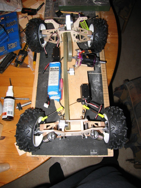 DIY 1:8 offroad car - RCU Forums