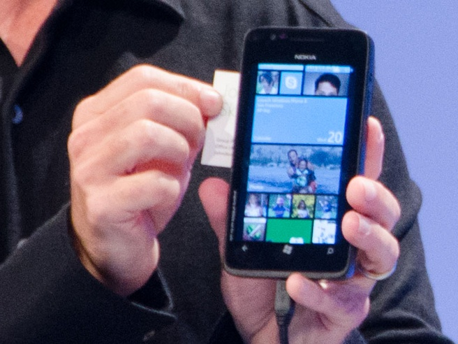 Prototype Nokia met Windows Phone 8