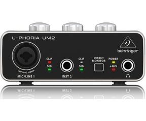 Behringer U-Phoria UM2