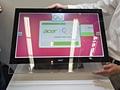 Acer U7600