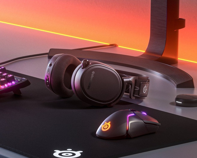 SteelSeries Arctis 9