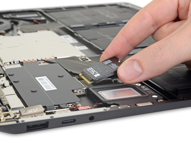iFixit ssd Surface Laptop 3