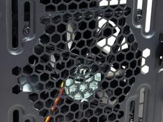 Thermaltake Core X9 kastventilator achter