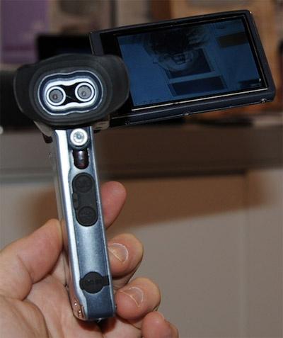 DXG 3d pocketcamcorder