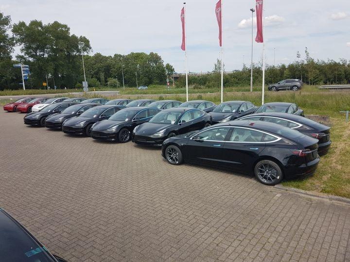 Tesla Model 3 (Groningen 02-06-2019)