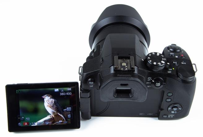 Panasonic FZ300 kantelbaar scherm