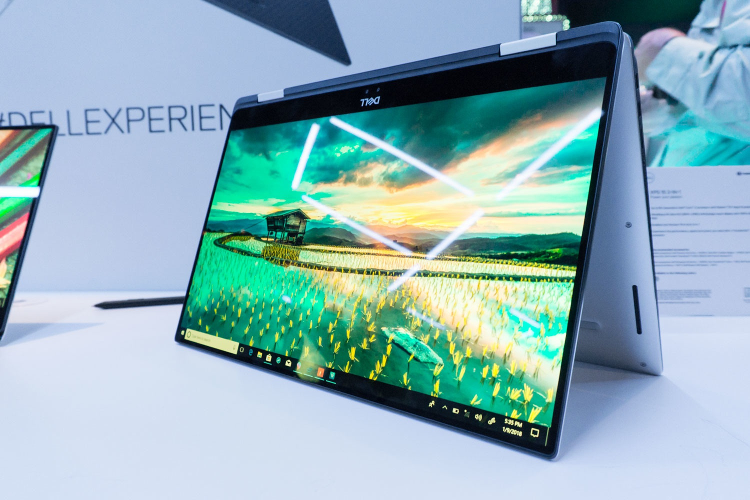Dell XPS 15 2-in-1 Preview - Tweakers