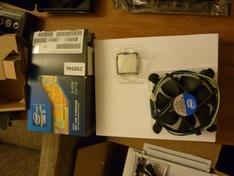 CPU en koeler uit doos