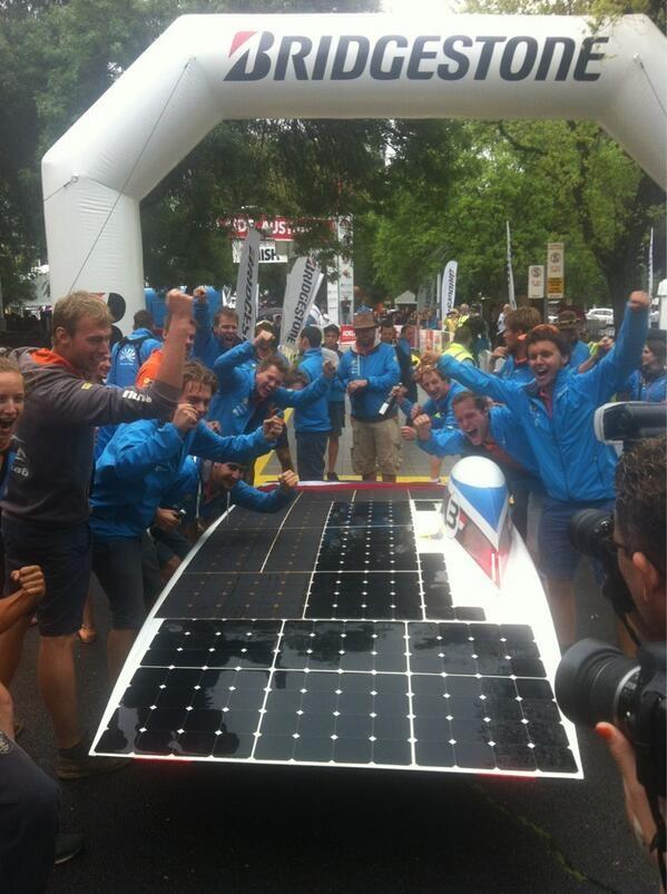 Nuon Solar Team overwinning 2013