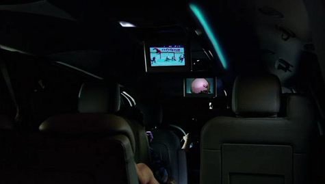 Rear Seat Video in Dodge Grand Caravan