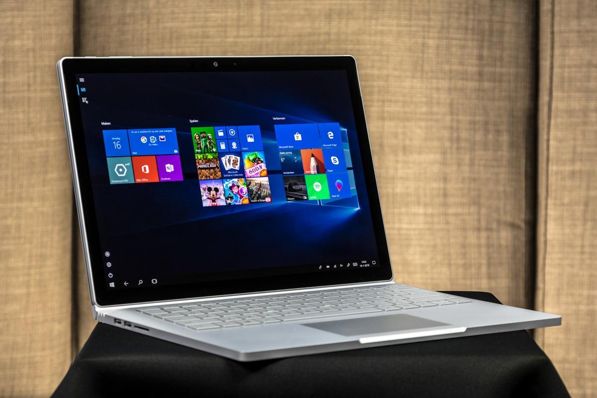 Microsoft Surface Book 2 Review - Uiterlijk en aansluitingen