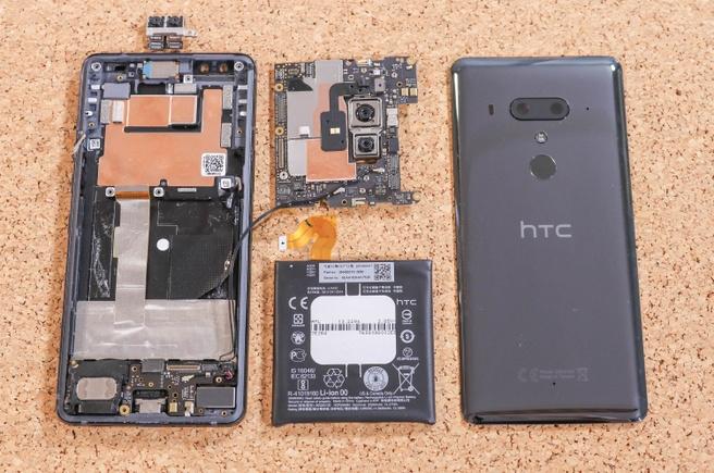 HTC U12+ teardown