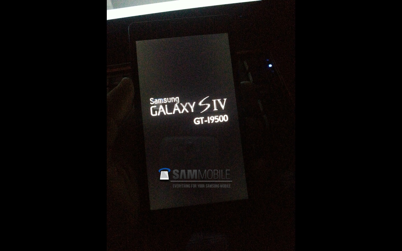 Samsung Galaxy S IV SamMobile afbeelding