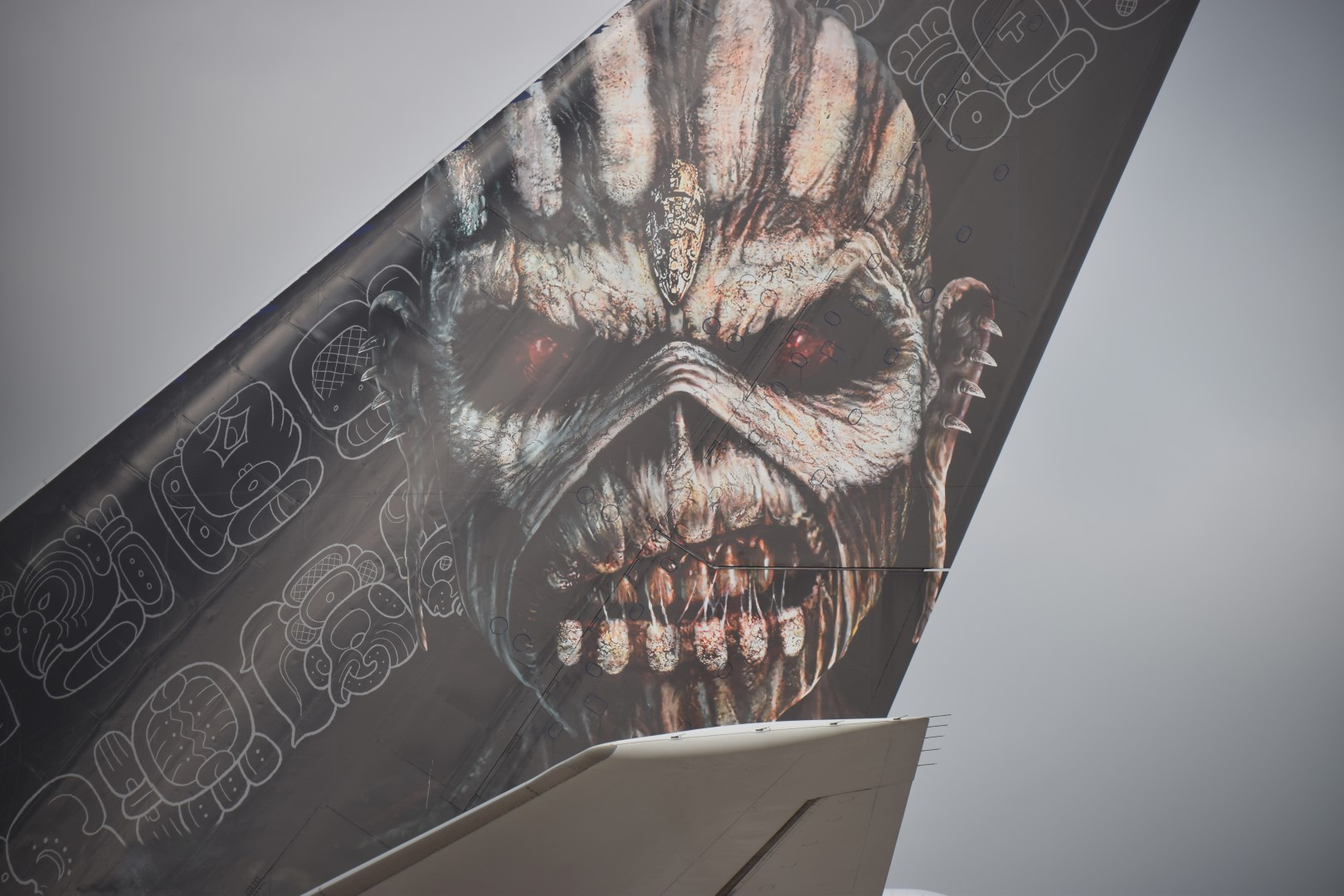 Iron Maiden - Ed Force One - Schiphol, Amsterdam (03)